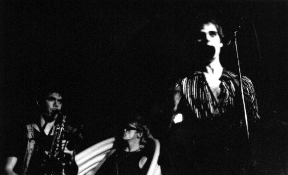 "Niks Gothams uz skatuves ar grupu ""Tulpa"", Toronto 1985-6?"
