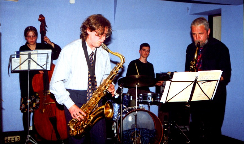 Step by Step- no kreisās: Ginta Garūta, Indriķis Veitners, Kaspars Grigalis un Juris Mutulis