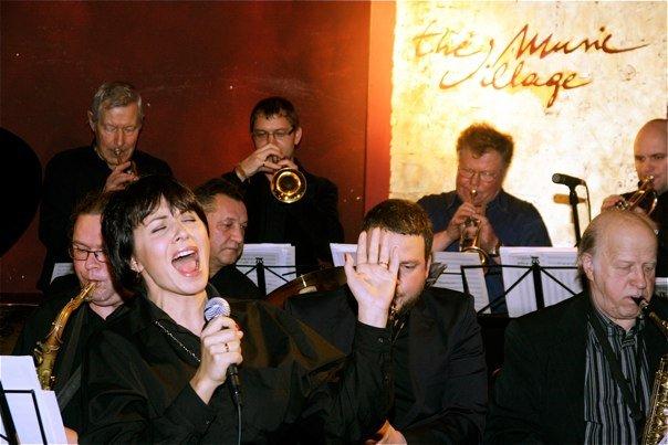 mirrage jazz orchestra un jolanta gulbe koncertā
