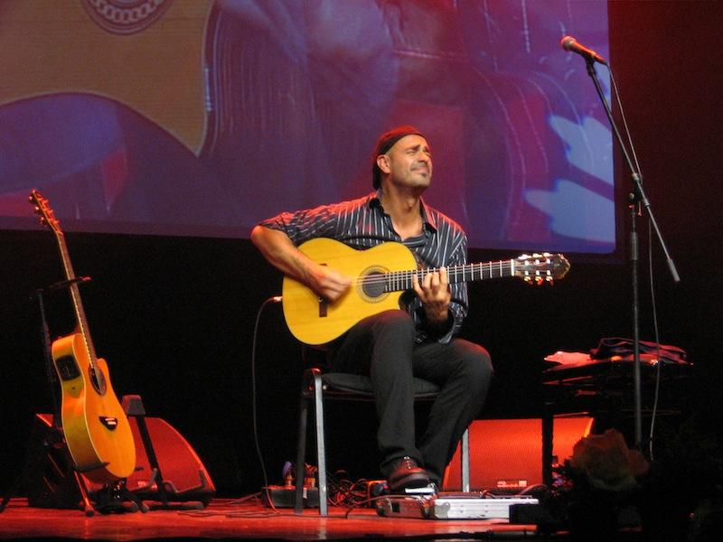 Antonio Forcione on a stage in Riga